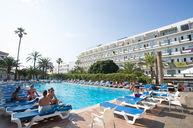 Pool in Hotel Tropical