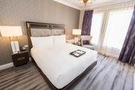 Fairmont Gold One-Bedroom Harbor View Suite (452)