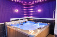 Indigo Spa Pool, Hot tub, Sauna