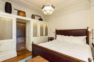 607 Fireplace Corner Suite