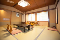 Japanese Room (Okiihana)