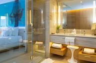 Junior Suite Ocean View Double Room
