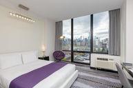 Premier Room 1 Queen Bed