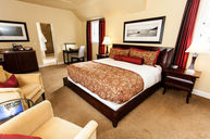 Premium Courtyard King Room