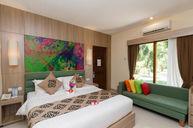 Premium Deluxe Honeymoon Room