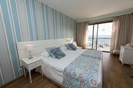 Quarto Sea View Room