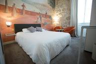 Rauba Capeu Room