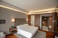 Regency King Suite