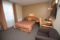 Regular Room (Carpet Floor)