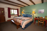 King Standard Room with Kitchenette