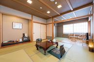 Ko-bu-shi (Family Room)