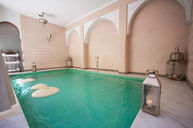 Riad Pool