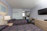 RM 2 Queen Efficiency Room