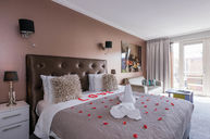 Romantic Luxury Suite