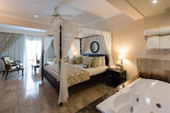 Royal Deluxe Suite
