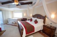 Royal Master Suite Ocean Front
