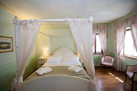 La Salvia Room