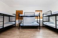 8Pax Room