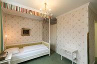 Single Room (Green)