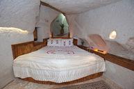 Standard Cave Room