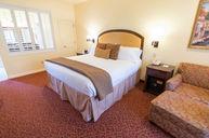Standard King Room (Villa Toscana)