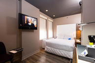 Standard Room (One Full Bed)