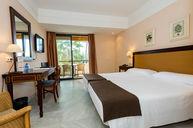 Standard Twin Room with Garden Views