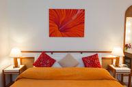 Suite (Orange)