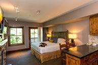 Sundance Junior Suite One King Bed