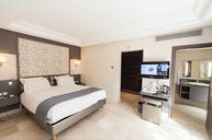 Superieure Room