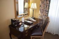 Superior King Salon Room