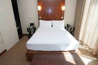 Andaz Queen Room
