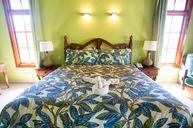 Midnight Cove - 5 Bedroom Villa