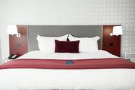 One Bedroom Suite Chic Design