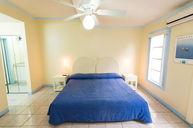 One Bedroom Leonamar Apartment