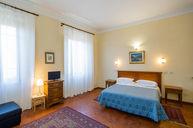 Triple Room (Fiorenza)