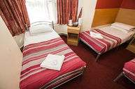 Triple Room (Three Single Beds)