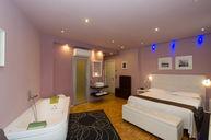 Triple Room with Whirlpool Bath