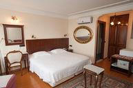 Ottoman Suite