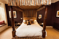 Owl Four Poster Room