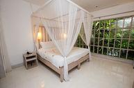 Uma Villa with Private Pool
