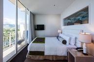 Waikiki Suite
