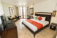 Warwick Deluxe King Room