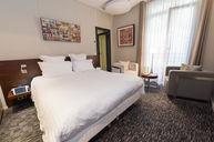 Paul Eluard Standard Double Room