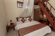 Wayan Room