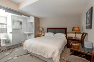 Western Styled Twins Hot Springs Double Room 2