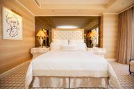 WM One Bedroom Suite