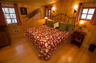 Pine Bench Three Bedroom Cabin