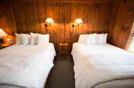 Pine Room, Two Queen Beds, One Daybed