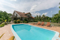 Pool (Luxus Apartments)